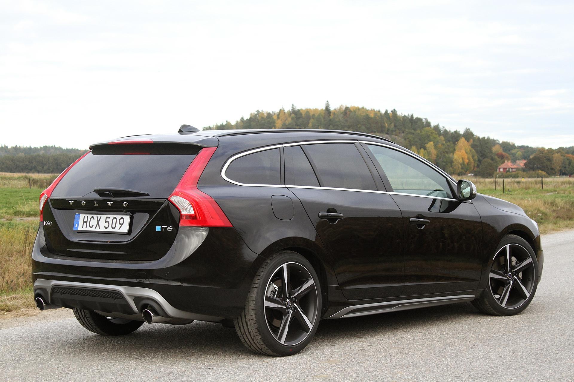 Новый Volvo V60 T6 Awd 2016 фото цена технические