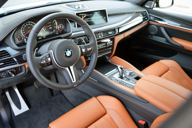 Фотографии заряженного баварского кроссовера BMW X6 M 2015 года (БМВ Х6 М) в хорошем качестве.  Одноклассники.