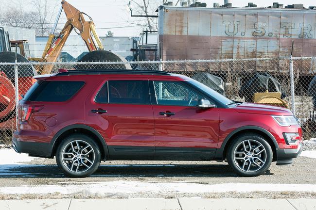При буксовке задние колеса стоят на месте Chevrolet Captiva