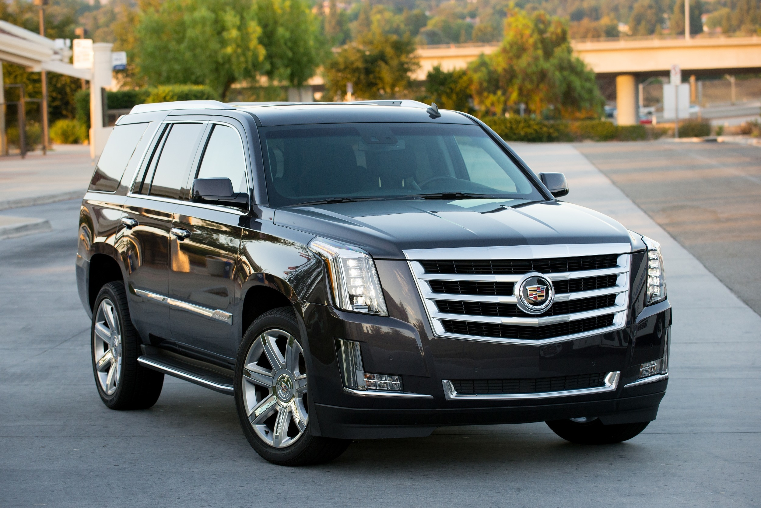 how to play dvd in 2015 escalade