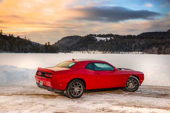 Dodge Challenger GT AWD 2017 фото