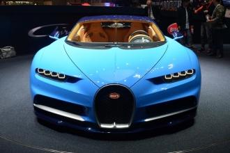Новый Bugatti Chiron 2017: фото, цена, технические характеристики