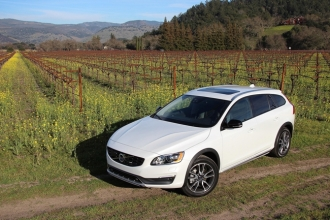 Volvo V60 Cross Country 2015 фото
