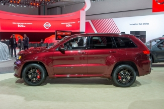 Jeep Grand Cherokee SRT 2015 тест-драйв видео